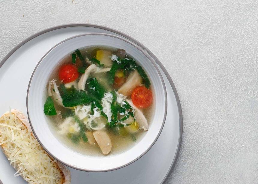 Традиционный тосканский суп с грибами и трюфельным маслом