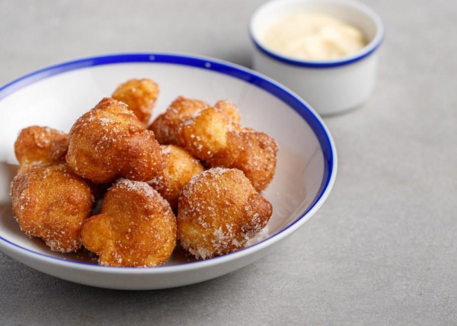 Пончики с каталанским кремом