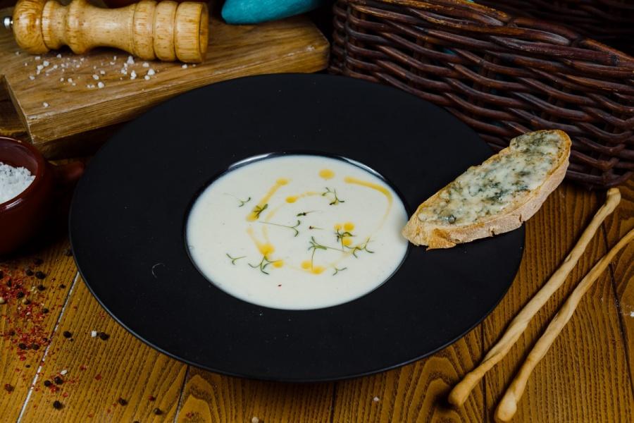 Крем суп из цветной капусты