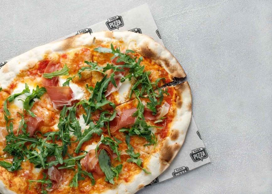 Пицца с Пармой и Маскарпоне