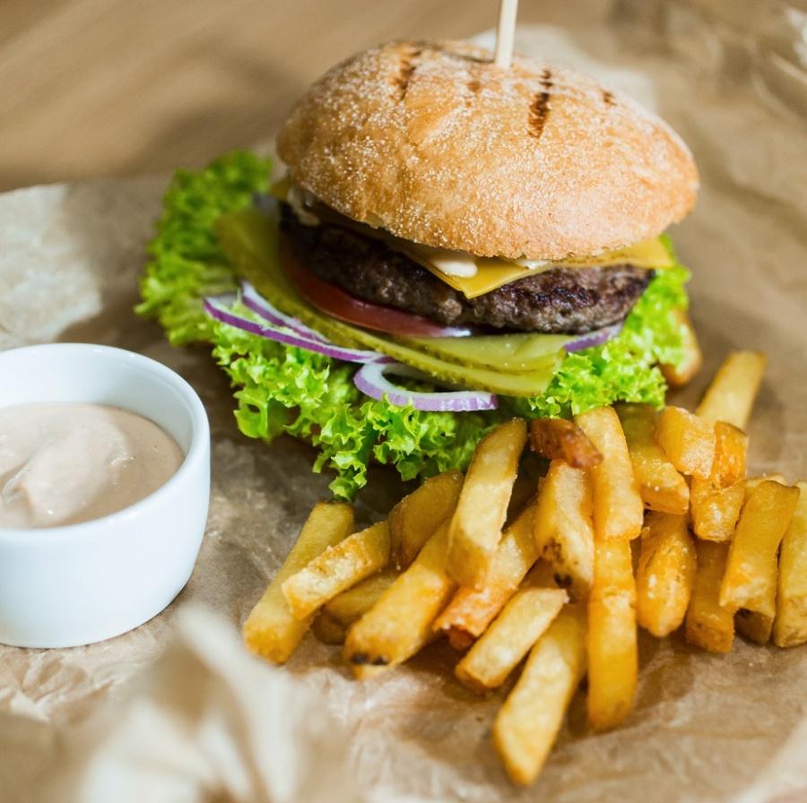 Бургер с мраморным бифштексом