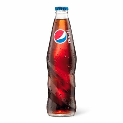 Pepsi в стеклянной бутылке