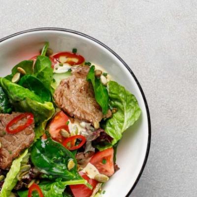 Стейк-салат с говяжьей вырезкой