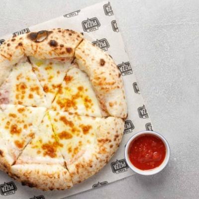 Пицца с Прошутто и сливками