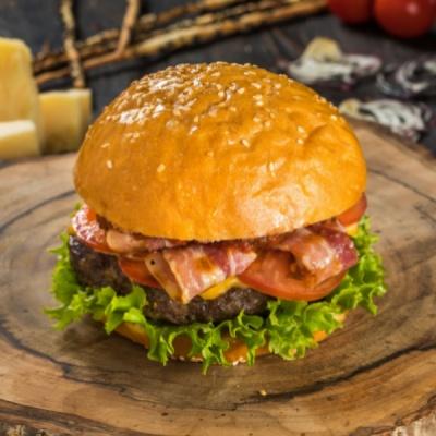 Бургер с мраморной говядиной