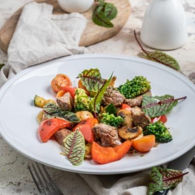 Тальята из говядины с овощами и грибами